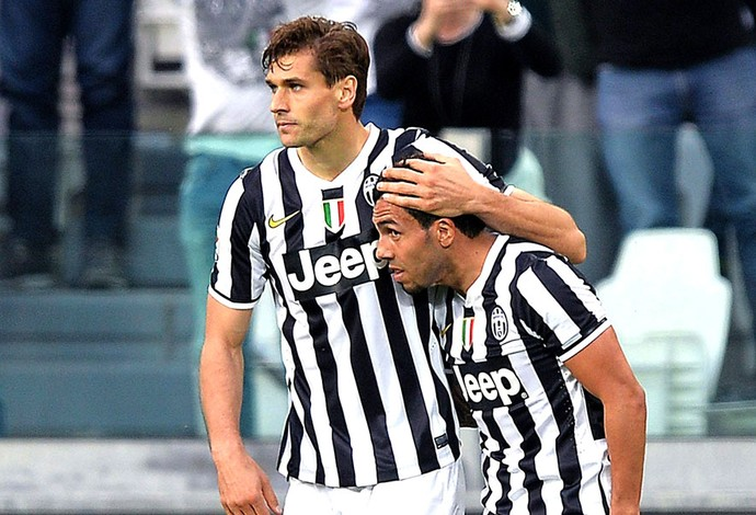 Fernando Llorente comemoração Juventus contra Livorno (Foto: EFE)