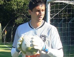Reinaldo, goleiro do Rio Branco-ES (Foto: Deysiane Gagno/Rio Branco AC)