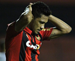 Hernane Brocador Sport (Foto: Adelson Costa / Pernambuco Press)