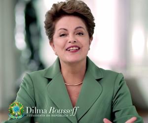 A presidente Dilma Rousseff durante o pronunciamento no Dia Internacional da Mulher (Foto: Reprodução/Youtube)
