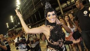 Carla Prata em ensaio da Grande Rio na Marquês de Sapucaí, no Rio (Foto: Isac Luz/ EGO)