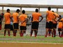 Em treino esvaziado, Fla-PI apresenta novo auxiliar técnico, Batista Otoni