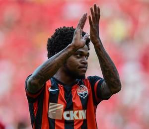 Internacional x Shakhtar - Luiz Adriano comemora gol (Foto: Futura Press)