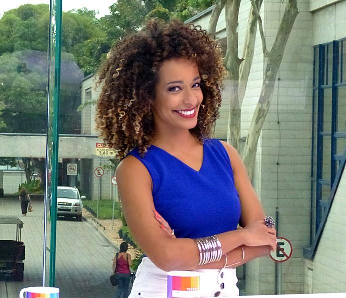 Aline Prado apresenta o Vídeo Show (Foto: Brunella Menezes / Gshow)