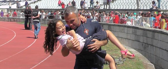 portugal treino ricardo peres treinador de goleiros (Foto: Claudia Garcia)
