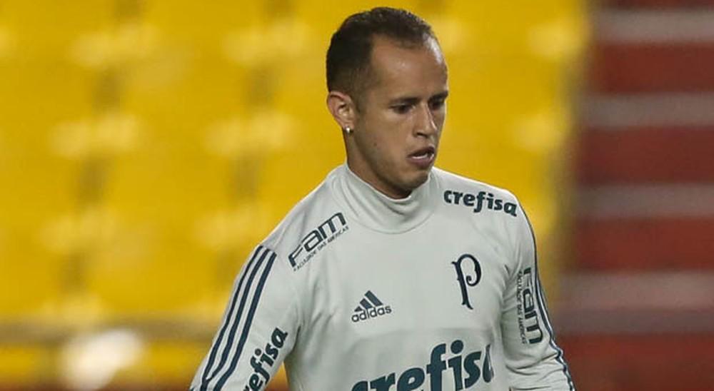 Filho jogador do Palmeiras, sofre acidente doméstico e é internado