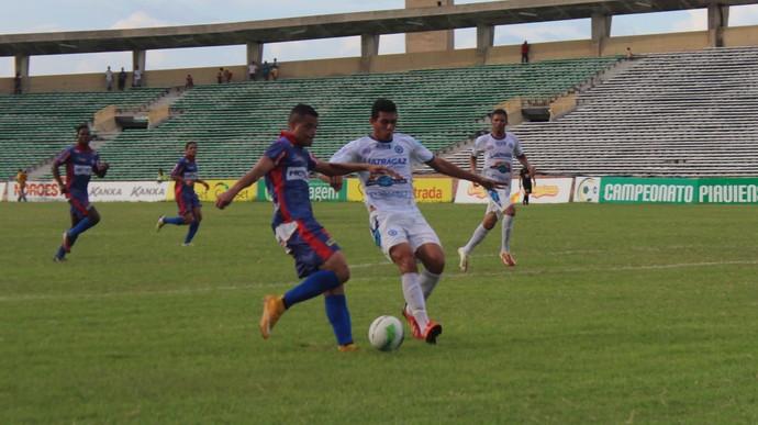 Piauí x Parnahyba  (Foto: Abdias Bideh/GloboEsporte.com)