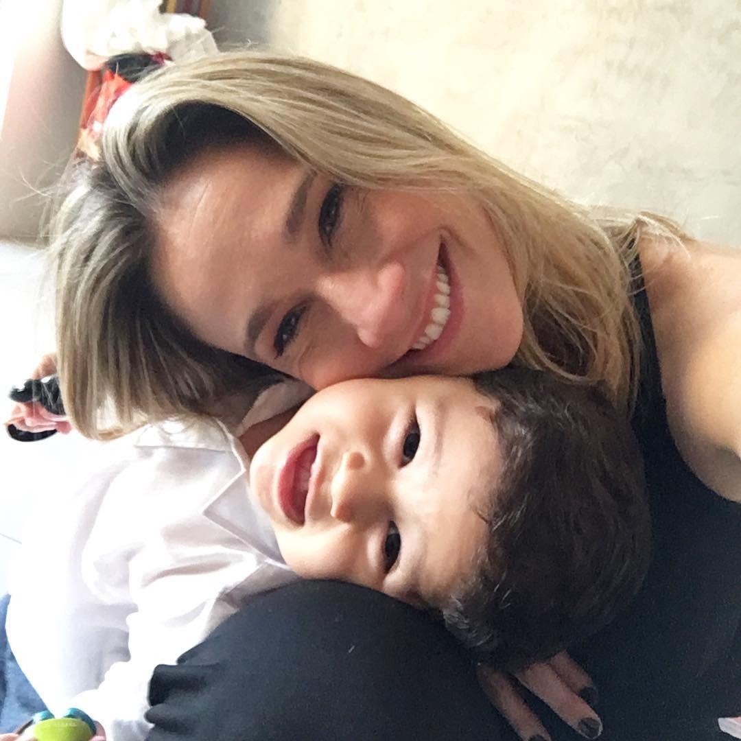 Fernanda Gentil e o filho Gabriel (Foto: Instagram/Reprodução)