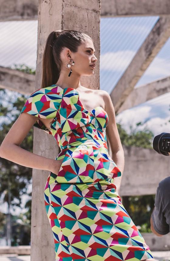 Nascida no interior do Ceará, Valentina é atualmente uma das modelos brasileiras de maior destaque  (Foto: Márcio Rodrigues)