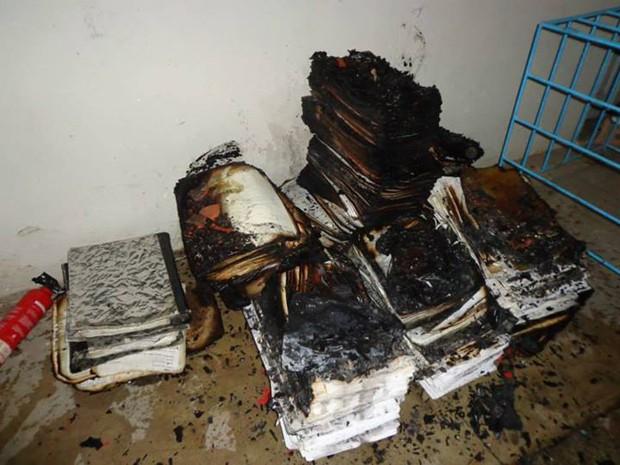 incêndio na sede da prefeitura de santa luz (Foto: Uoston Pereira/Noticias de Santaluz)