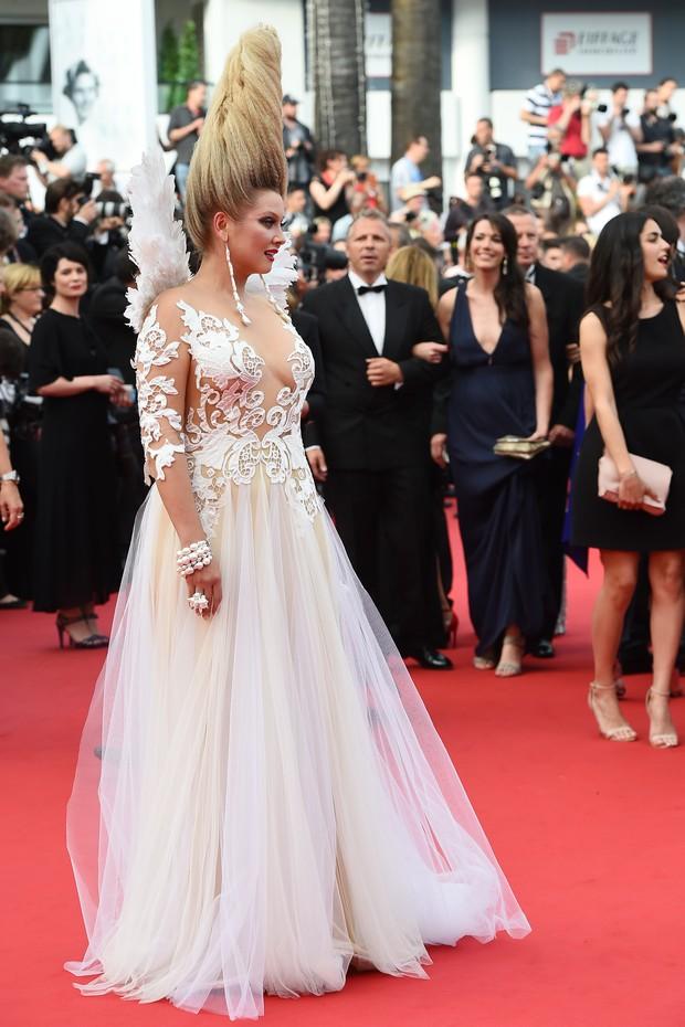 Elena Leninausou no Festival de Cannes (Foto: AFP)