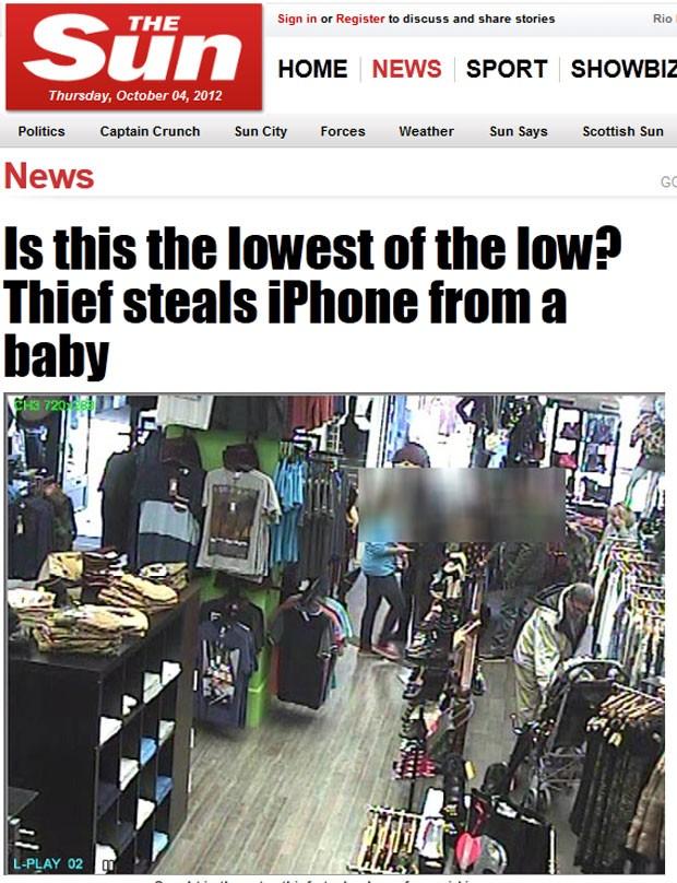Imagens mostram homem se abaixando para pegar smartphone de menina. (Foto: Reprodução/The Sun)