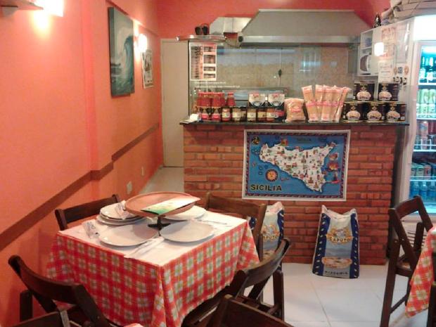 O restaurante é pequeno e aconchegante (Foto: Andrea Lo Presti / Arquivo Pessoal)