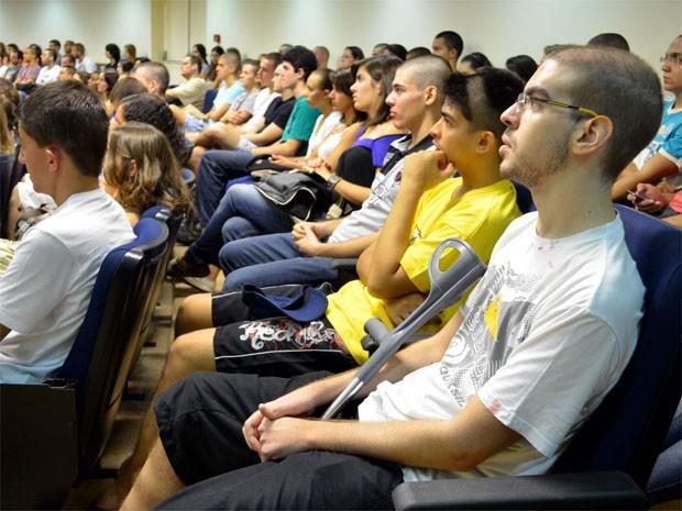 Alexandre começou suas aulas na USP de Ribeirão nesta segunda-feira (25) (Foto: Luara Gallacho / G1)