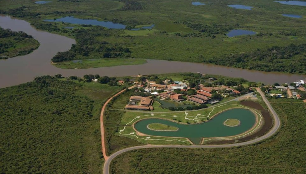 Avião foi roubado no Hotel Sesc Porto Cercado, em Poconé, no Pantanal de Mato Grosso (Foto:  Sílvio Vince Esgalha)
