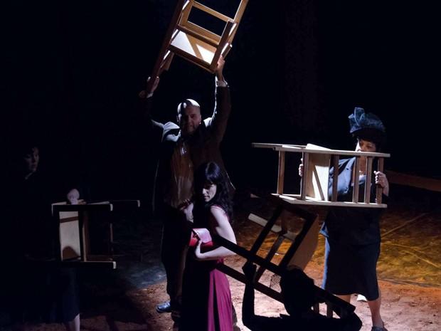 Perdoa-me por me traíres, Grupo de Teatro Experimental, Pouso Alegre (Foto: Foto Clube Pouso Alegre)