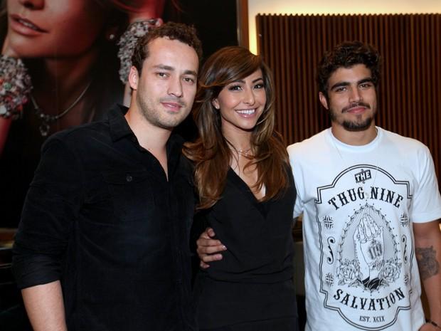 Rodrigo Andrade, Sabrina Sato e Caio Castro (Foto: Thiago Duran e Leo Franco / AgNews)