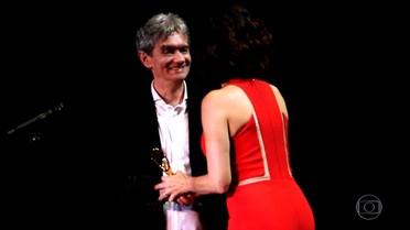 Serginho recebe prêmio em Fort Lauderdale