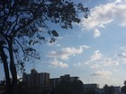 Tempo deve ser abafado com nuvens espalhadas nesta terça-feira, em RO