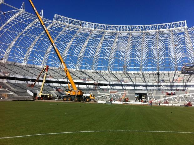 Fifa faz nova vistoria no estádio Beira-Rio (Foto: Márcio Luiz/G1)