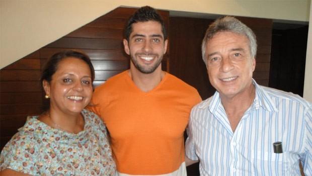 Nelson (à direita), pai de Marcelo, confia no equilíbrio do filho (Foto: Reprodução/Redes sociais)