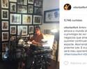 Vitor Belfort faz post no Instagram em que diz assinar o contrato para a próxima luta