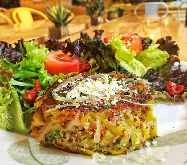 Hambúrguer de Quinoa com Batata Baroa (Foto: Divulgação)