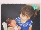 Sarah Oliveira dá à luz Martin, seu segundo filho: 'Na calada da noite'