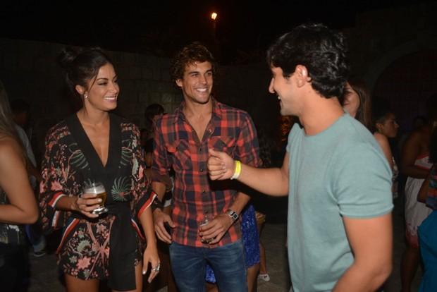 Renato Goes crte festa com amigos (Foto: Felipe Souto Maior/AgNews)