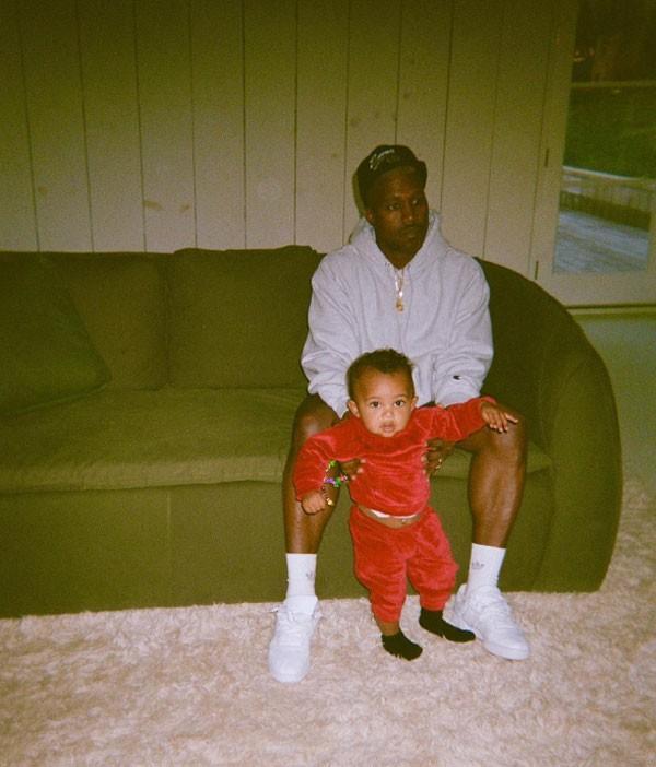 Kanye West e Saint (Foto: Reprodução Instagram)