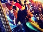 Rodrigo Simas posta foto dos bastidores de 'Malhação' na rede