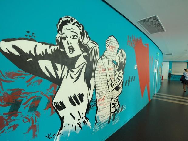 Trabalho do artista Daniel Melim no escritório do Facebook em São Paulo (Foto: Flavio Moraes/G1)