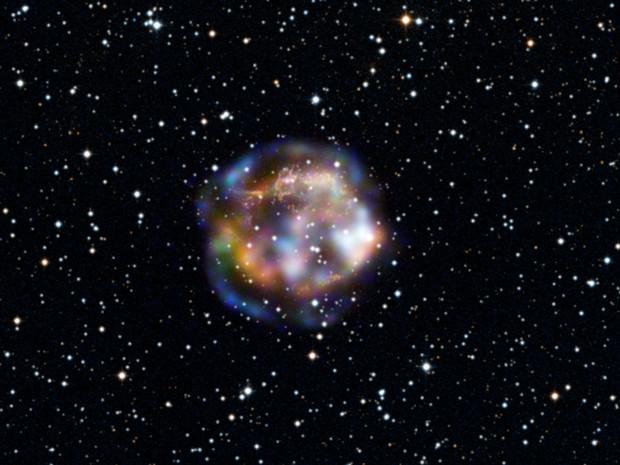 Supernova Cassiopeia A, cuja imagem foi captada pelo NuSTAR, fica a 11 mil anos-luz da Terra (Foto: NASA/JPL-Caltech/DSS)