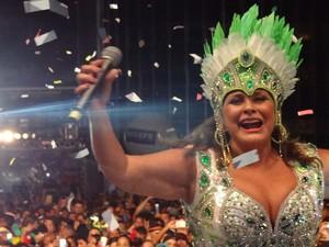 Fafá de Belém não esconde alegria de participar do carnaval do Recife (Foto: Katherine Coutinho / G1)