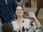 Paloma Duarte passeia com o marido, Bruno Ferrari, em shopping
