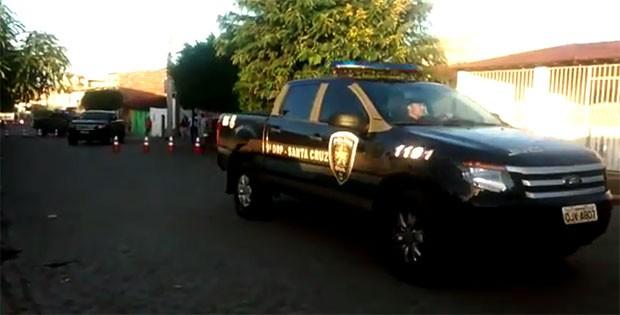 Operação 'Anjos Caídos' foi deflagrada logo nas primeiras horas da manhã desta quinta-feira (30) em Santa Cruz, na região Trairi potiguar (Foto: Divulgação/Polícia Civil)