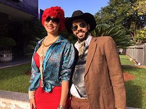 Casal de atores que realizaram a ação em Uberlândia  (Foto: Divulgação | TV Integração )