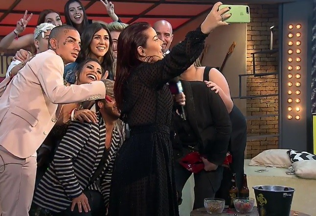Selfie no Galpo dos Youtubers (Foto: Reproduo)
