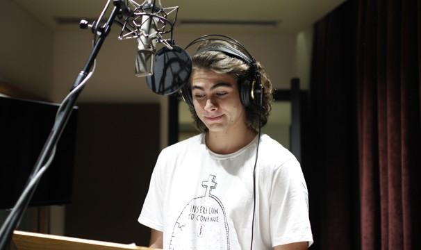 Rafael Vitti gravou um vídeo para a Campanha de Incentivo à Leitura (Foto: Globo)