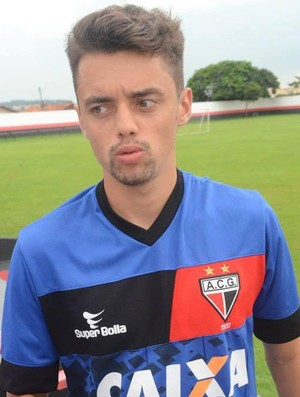Matheus Ribeiro - lateral-direito (Foto: Paulo Castro)
