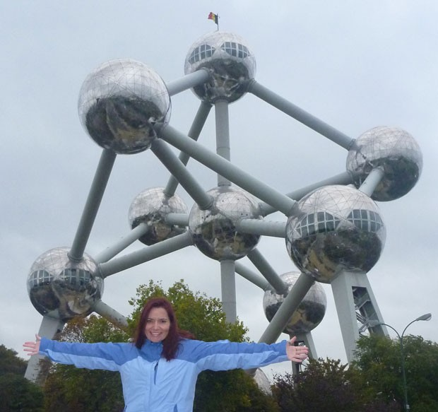 A analista de sistemas Renata Lemos, de 37 anos, que mora em Bruxelas há quatro anos (Foto: Arquivo Pessoal)