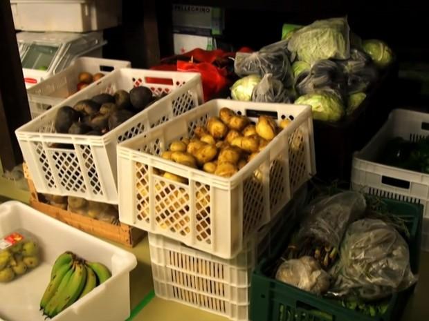 Projeto Reffetorio Gastromotiva combate desperdício de comida (Foto: BBC)