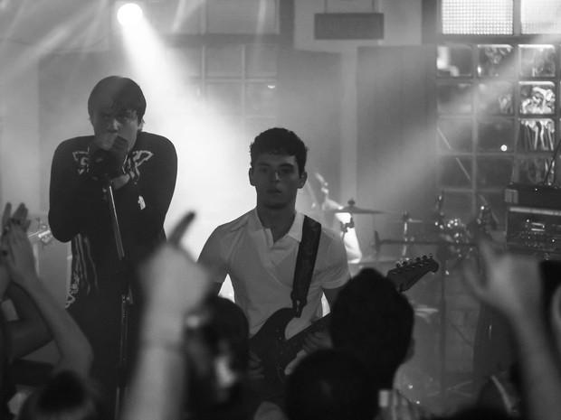 A banda Carta Pedrada toca ritmos internacionais e nacionais de pop, rock e reggae (Foto: Carta Pedrada/Divulgação)