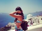 Bruna Marquezine exibe tatuagem em viagem à Grécia