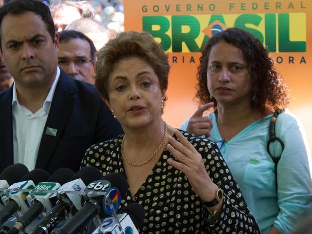 Dilma Rousseff e Paulo Câmara (Foto: Aldo Carneiro/Pernambuco Press)