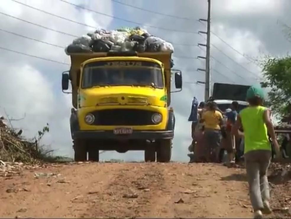 Lixão em Guarabira, na Paraíba (Foto: Reprodução/TV Cabo Branco/Arquivo)