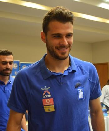 Karnesis, goleiro da Grécia (Foto: Felipe Martins / GloboEsporte.com)