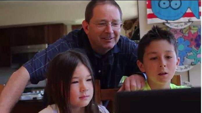 Kudoso compensa as atividades da crianças com tempo na Internet (Foto: Reprodução/Kickstarter)