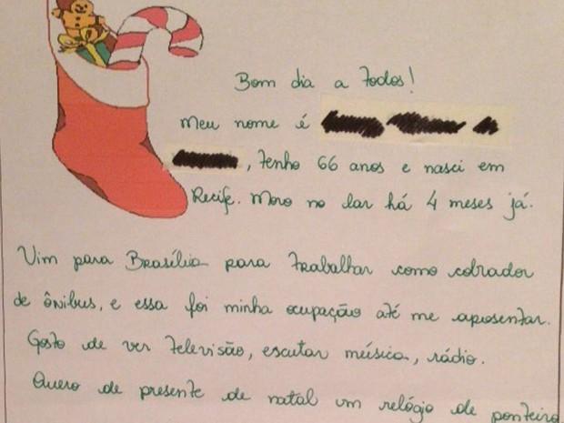 Cartinha escrita por Priscila, a partir de relato de idoso abrigado em asilo do DF, com pedido de presente de Natal (Foto: Priscila Chaves Teixeira/Arquivo Pessoal)