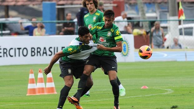 Neymar seleção treino copa das confederações (Foto: André Durão / Globoesporte.com)